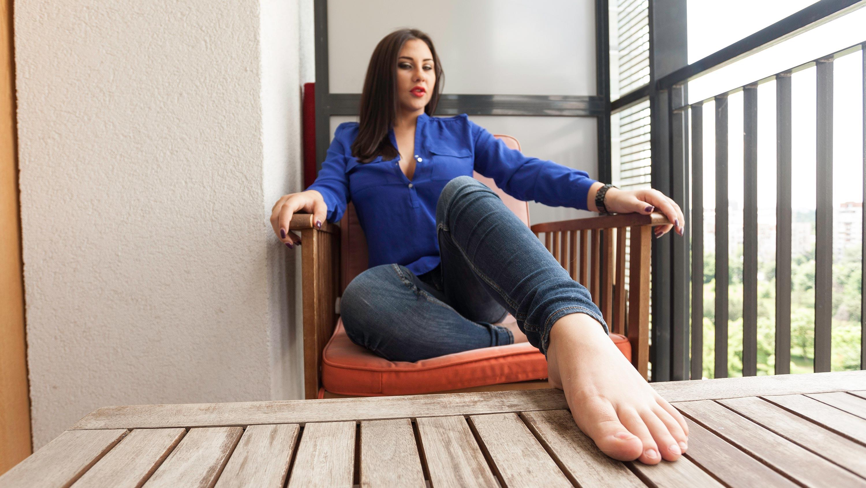 barefoot-girls-videos-asian-men-spanking-asian-men